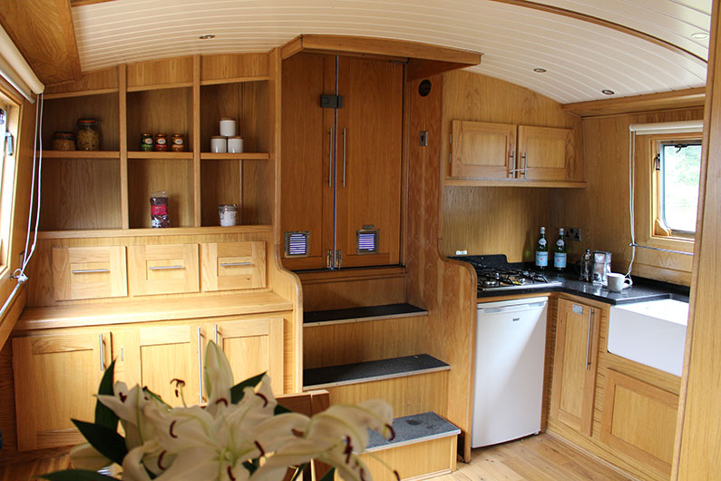 Widebeam Boat Builders - Emperor 12ft Galley Reverse Layout