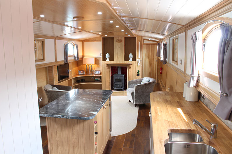 Neptune Luxury Barge Boat Builder - Interior