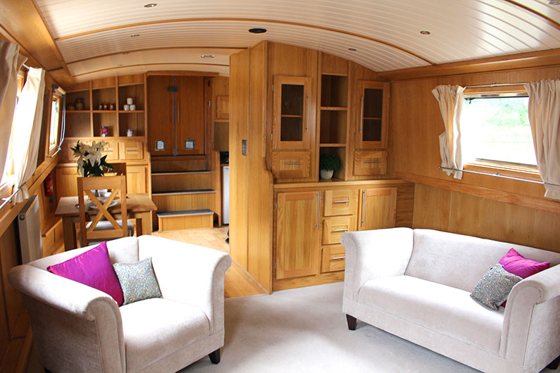 12ft Widebeam Emperor Reverse Layout - Saloon - Galley