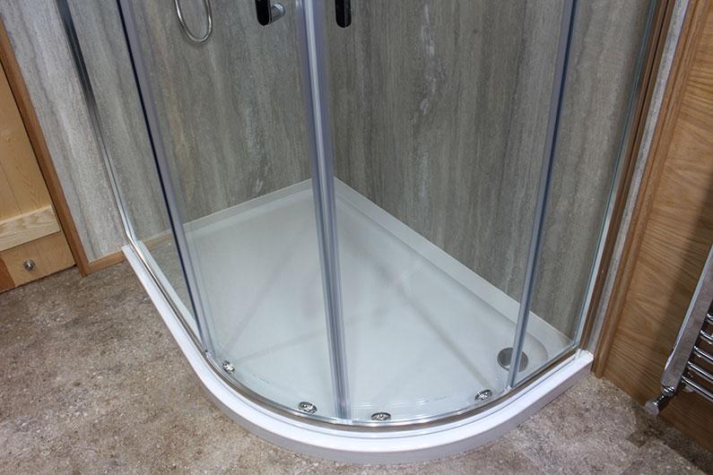Luxury Barge - Neptune - Shower Enclosure