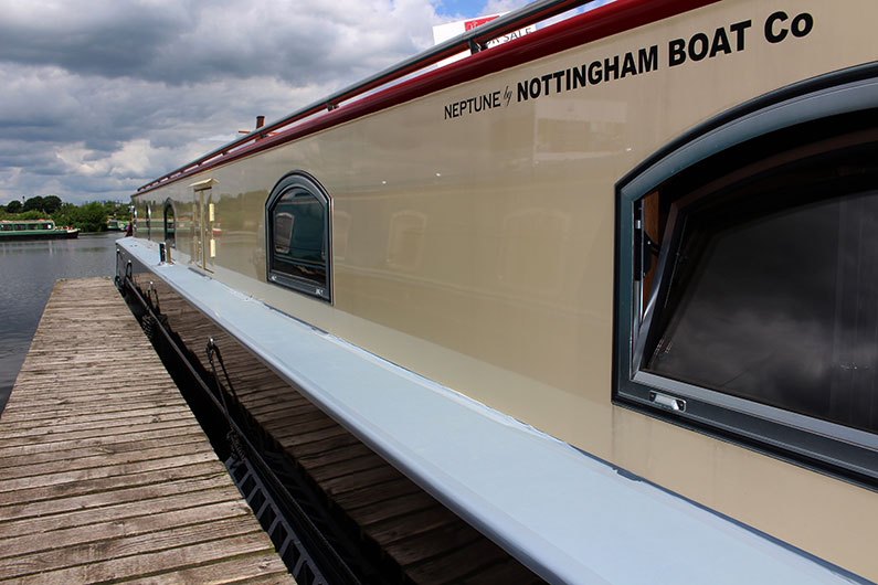 Neptune Barge Boat Builder - External Paintwork