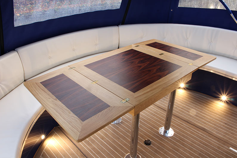 Luxury Canterbury Widebeam - Dining Area Stern