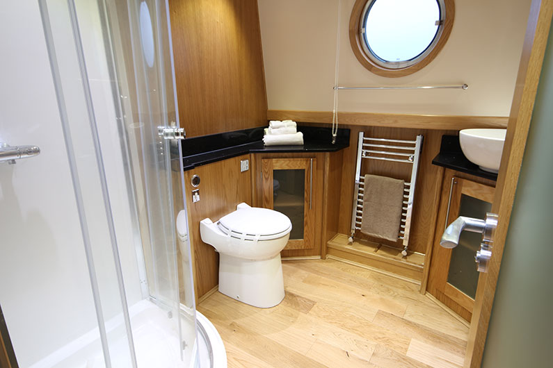 Baby Eurocruiser 10ft Widebeam Boat Builder - Shower Room