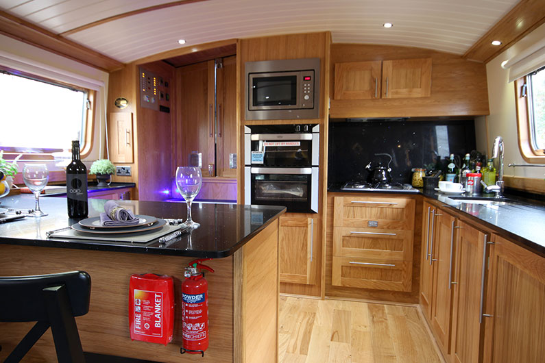 Luxury Widebeam Boat Builder - Eurocruiser 60ft x 12ft - Galley