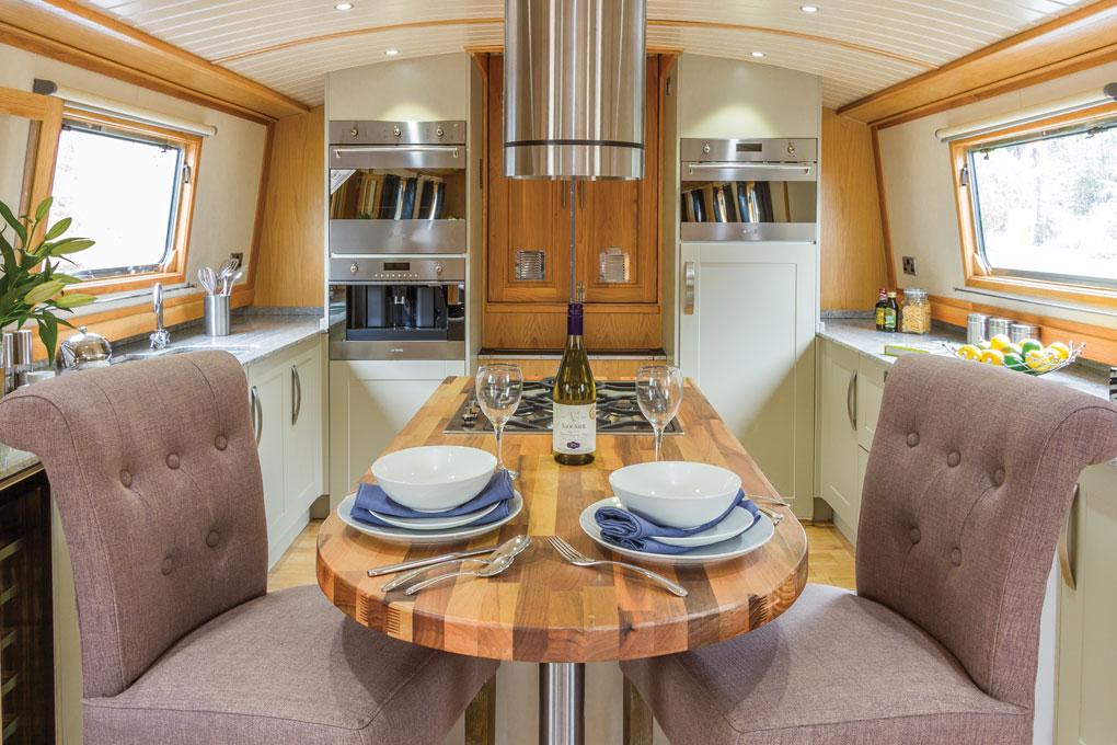 Abode Luxury Widebeam - Reverse Layout Galley