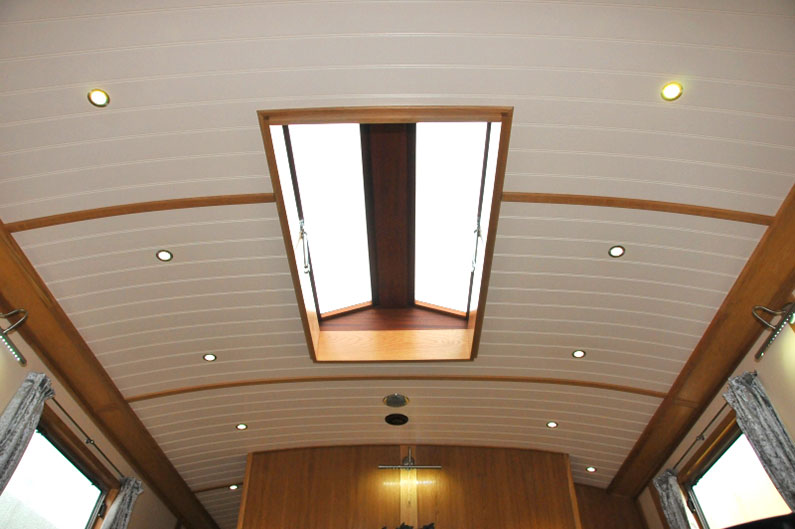 Widebeam Builders Abode 64ft x 12ft Reverse Roof Light