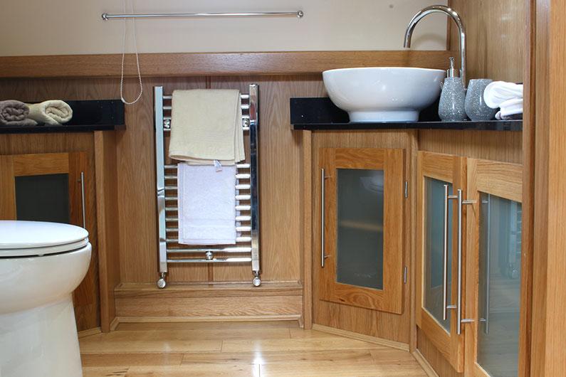 Monarch Widebeam - Bathroom 4