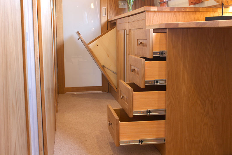 Canterbury 12ft Widebeam - Corridor Storage