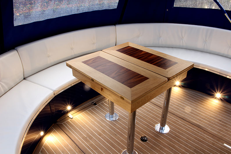 Enclosed Stern Seating
