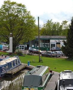 New & Used Boat Co Hanbury Wharf Office