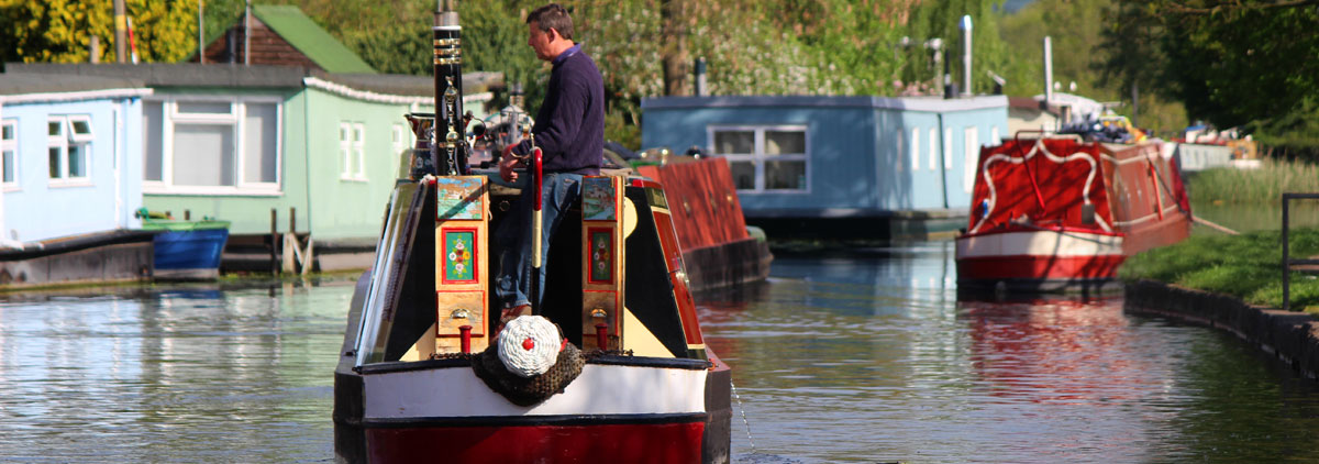 Ian Parrot - New & Used Boat Co. Mercia Office Manager On His Narrowboat